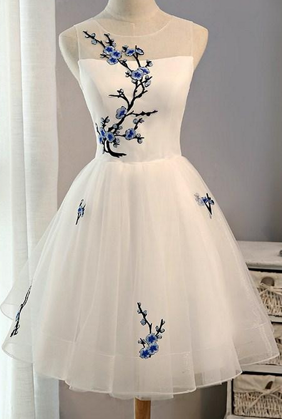 White Short Homecoming Dress with Embroidery, Knee Length Prom ...
