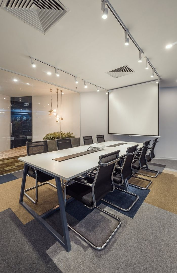 Conference Room Interior Design: Office Tour: F88-Gplay Group Offices – Hanoi