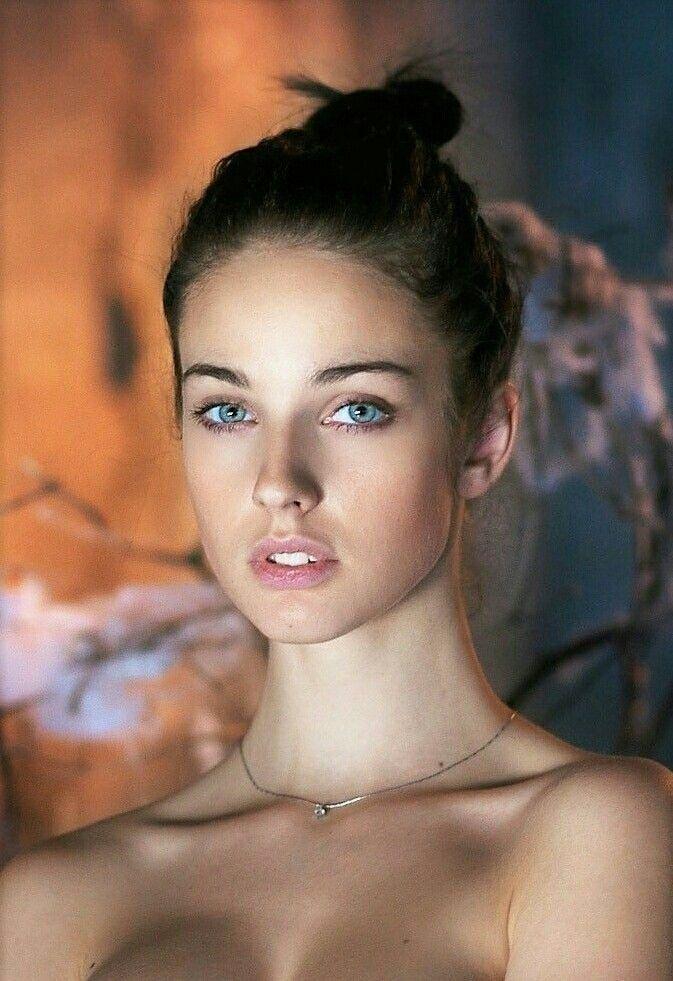 Pin Von Marc Z Auf Girl Beautiful Beauty Und Beautiful Eyes