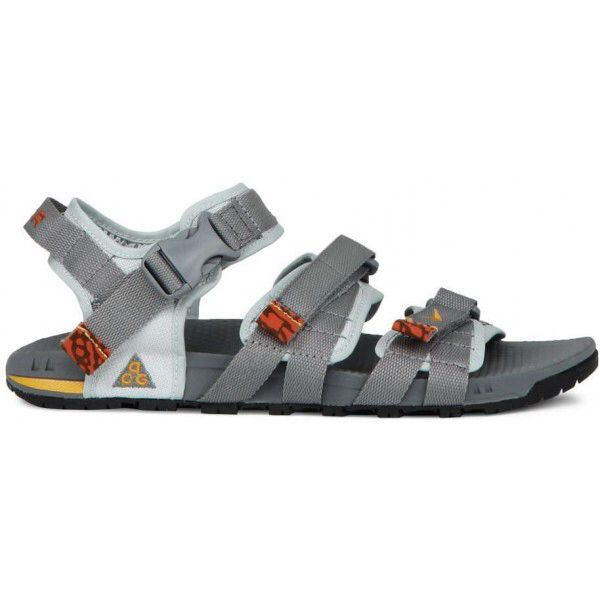 free shipping 7bac5 14f47 Nike ACG Air Deschutz Sandals | Stuff to buy in 2019 | Nike ...