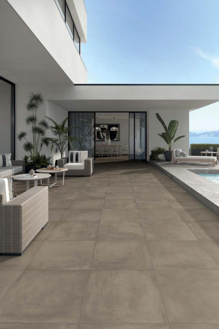 Comment choisir le carrelage d'une terrasse ? | Maison moderne plain pied, Terrasse et Carrelage ...