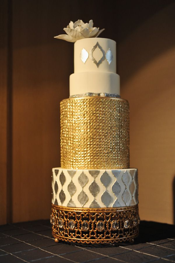 gold and silver metallic wedding cake photography by httpwwwrebekahwestover