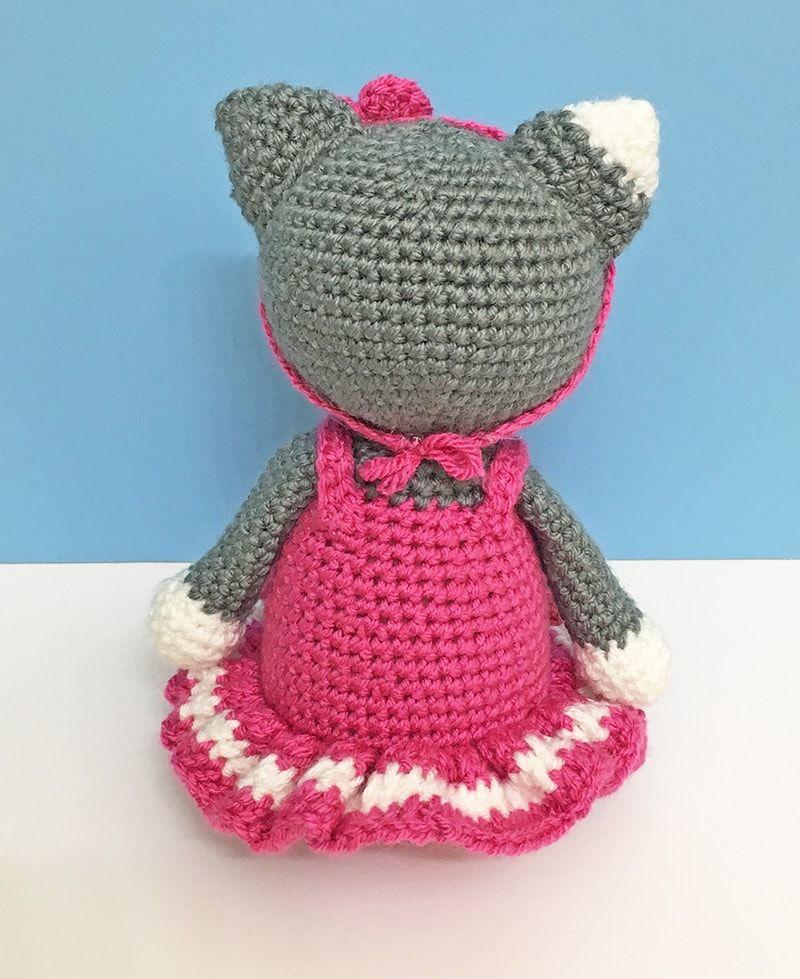 Amigurumi Ballerina Kitten - A Free Crochet Patter