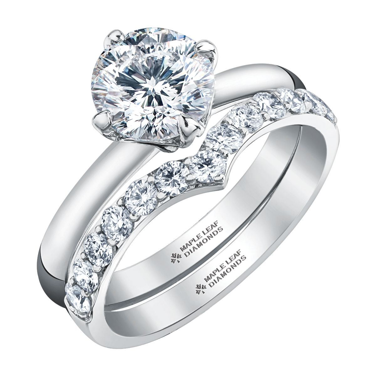 Canadian Solitaire Diamond with a Trending Angular Contour