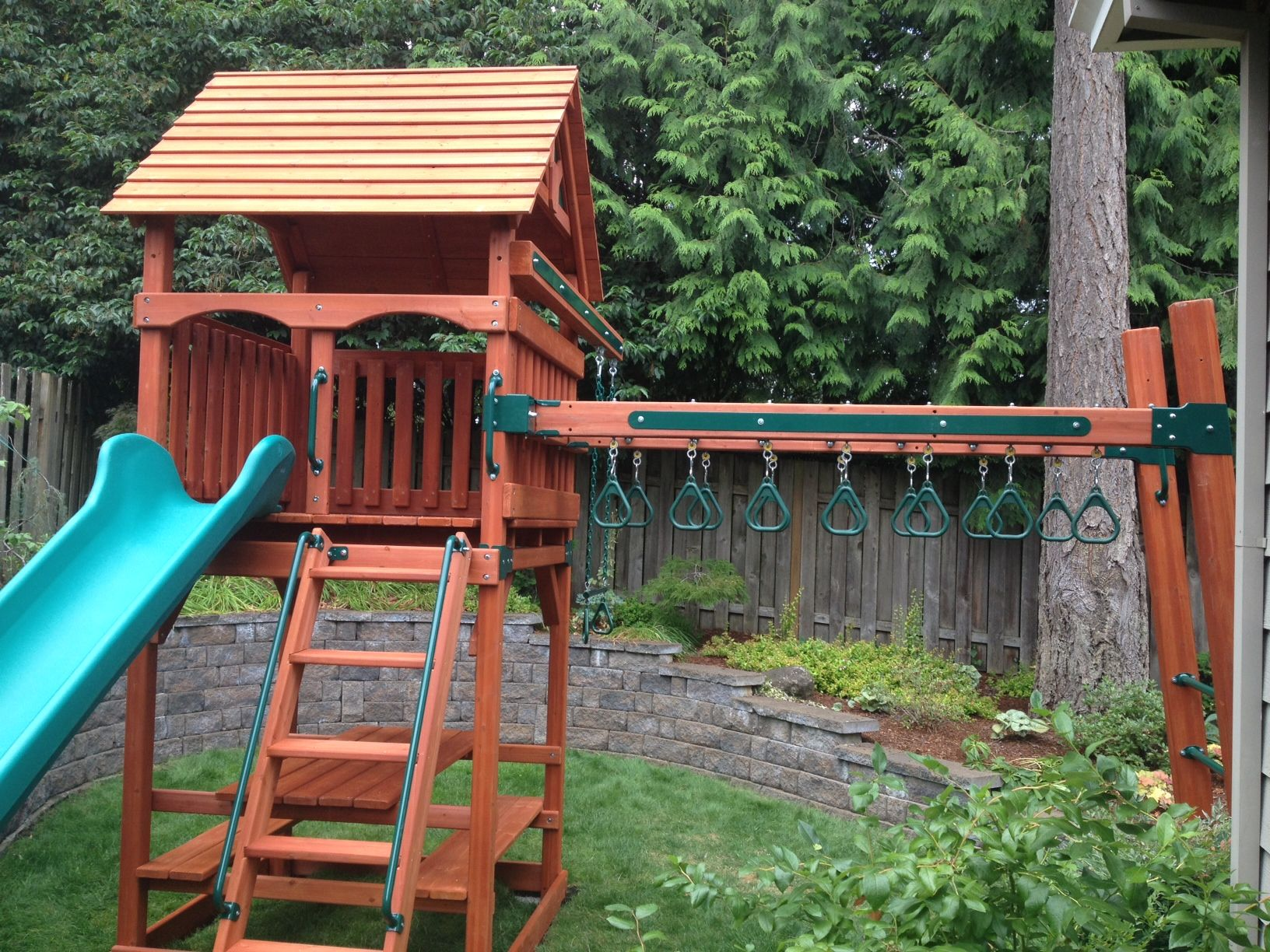 Play Structure with Monkey Bars and Rings. Great for ...
