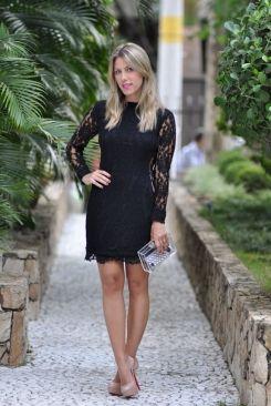 Vestido longo preto básico, como as famosas podem inspirar