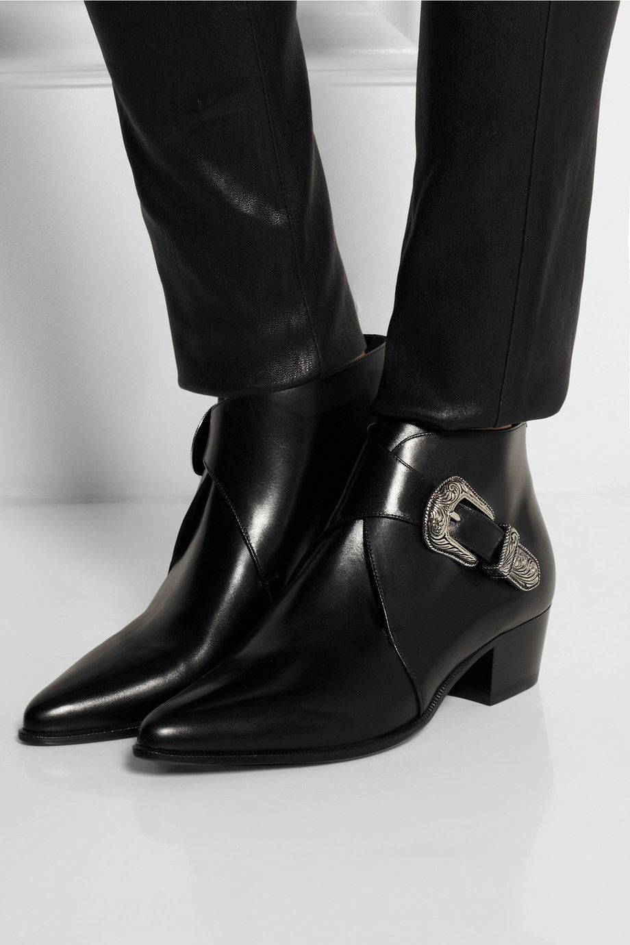 Saint Laurent pointed ankle boots amazing price online Alhyoua6