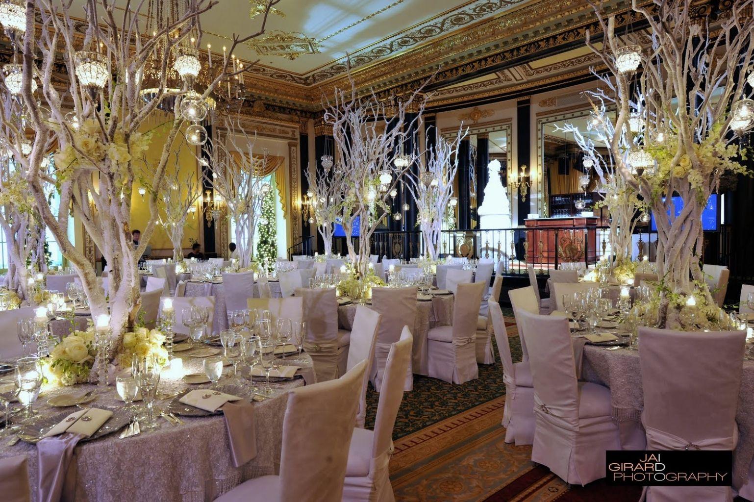 White wedding decoration ideas   White Wedding Decoration Ideas  Wedding vows Centerpieces and