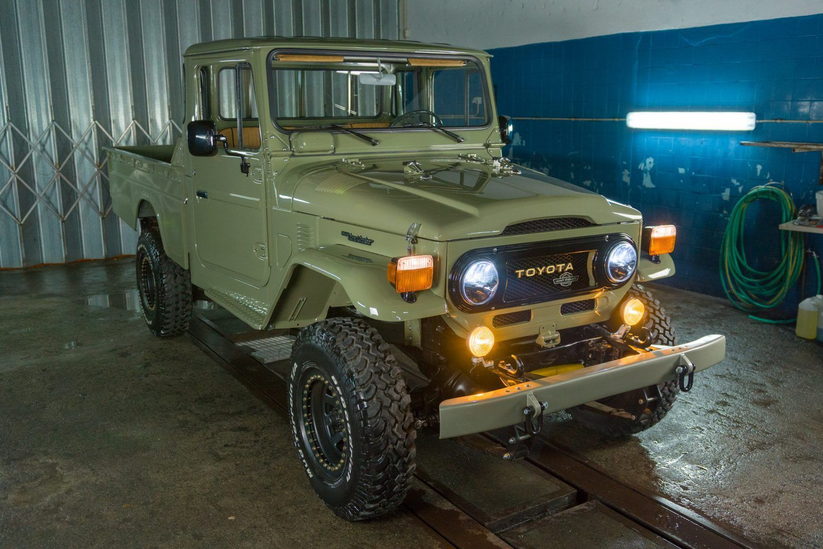 1978 Toyota Land Cruiser HJ45 Long Bed Pick Up Truck