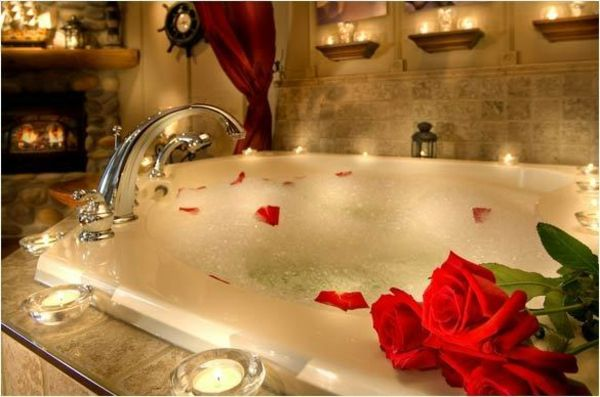 Baignoire Romantique Conseils Pour Soire Romantique Bain En Amoureux Salle De Bain Romantique Bain Romantique Deco Salle De Bain Romantique