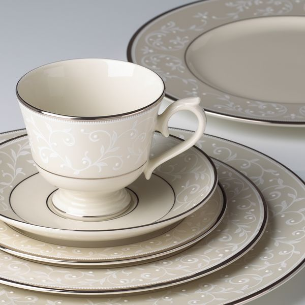 Pearl Innocence Dinnerware Place Setting FREE Soup Bowl By Lenox Gallery