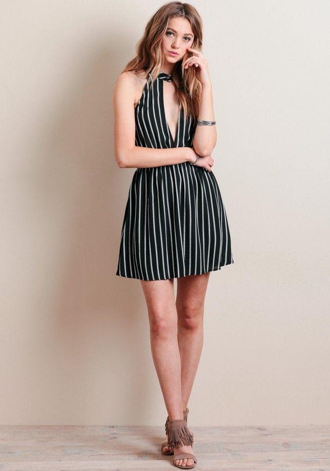 Ver vestidos en blanco y negro