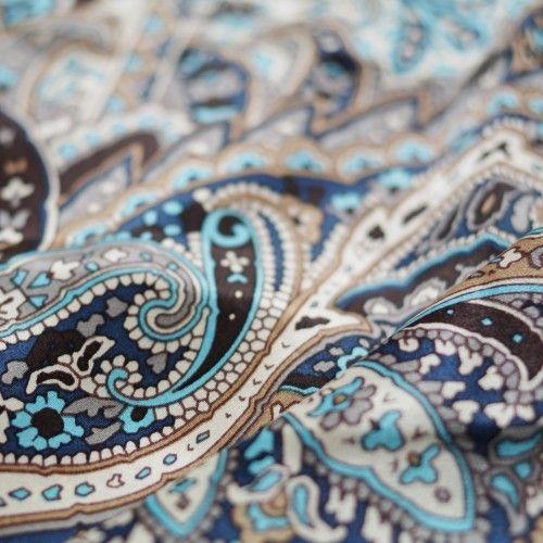 Carré de soie impression cashemire coloris marron bleu  AMPOULE