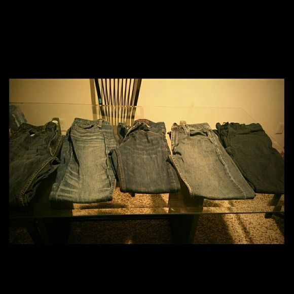 Lot of 4 pair of Boys Jeans Lot of 4 pair of Boys Jeans (Old Navy, mossimo, Levis straus) Jeans Skinny