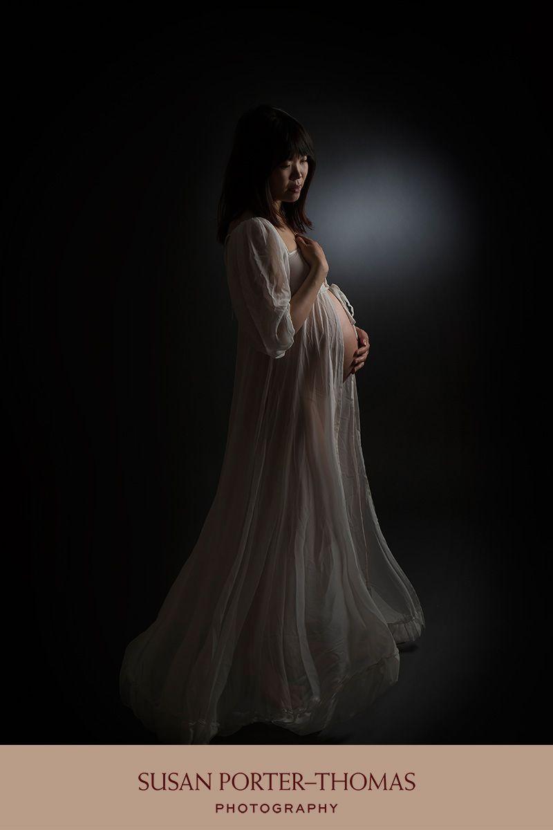 Fine art maternity photography west london pregnancy portrait pregnant women p photos