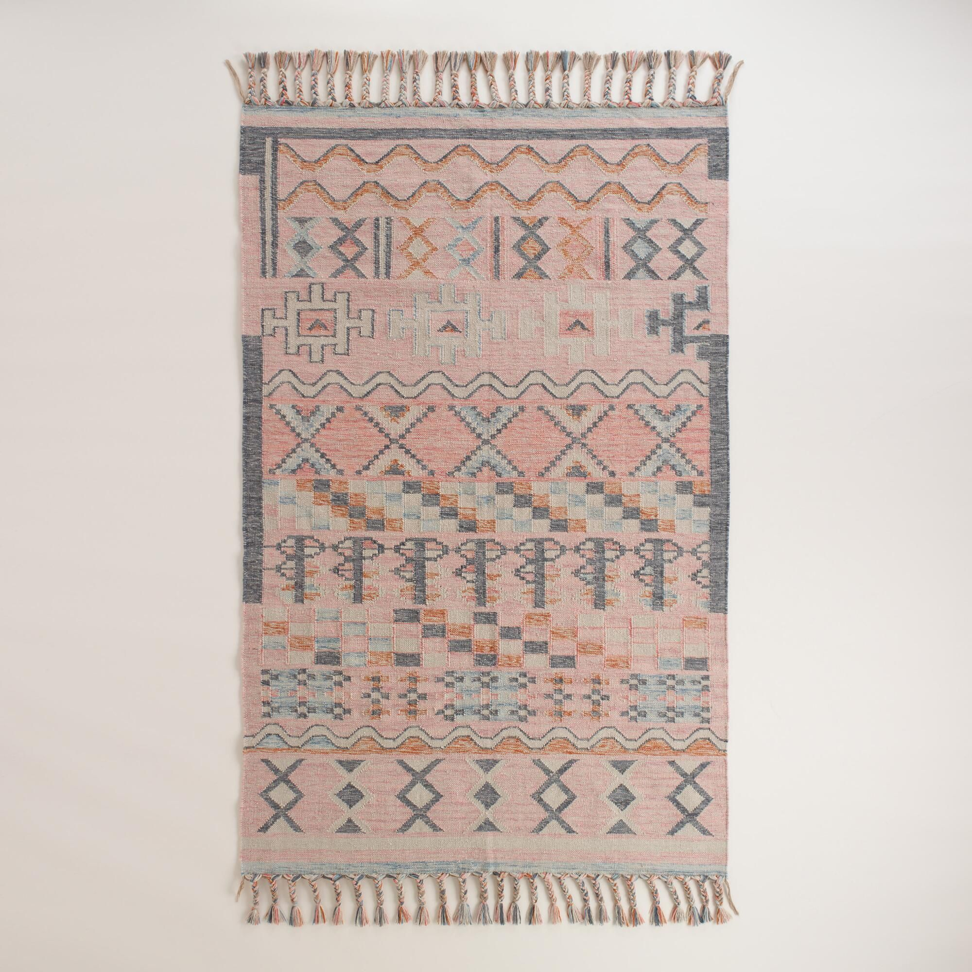 Hand Woven From Recycled Plastic Bottles Our Earth Conscious Indoor And Outdoor Kilim Features