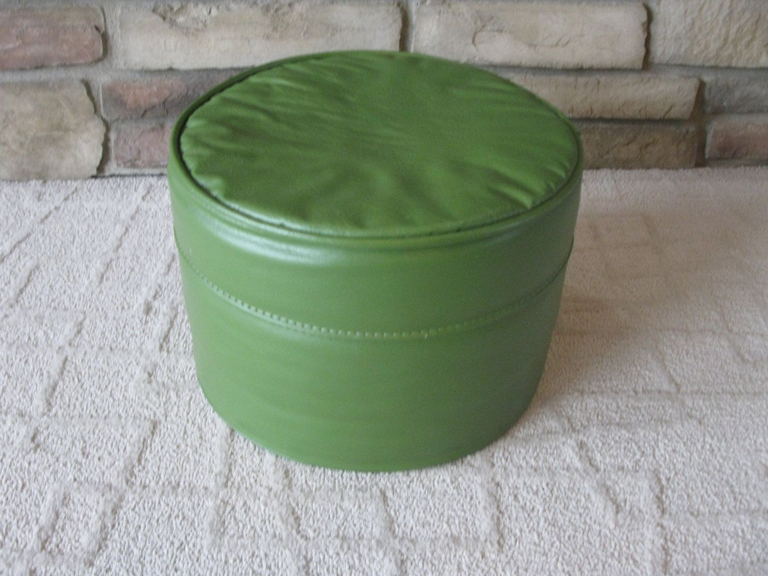 Mid Century Avocado Green Ottoman Footstool Hassock Faux Leather Round Green Vintage Hassock Mid Cen Avocado Green Green Ottoman Mid Century Ottoman