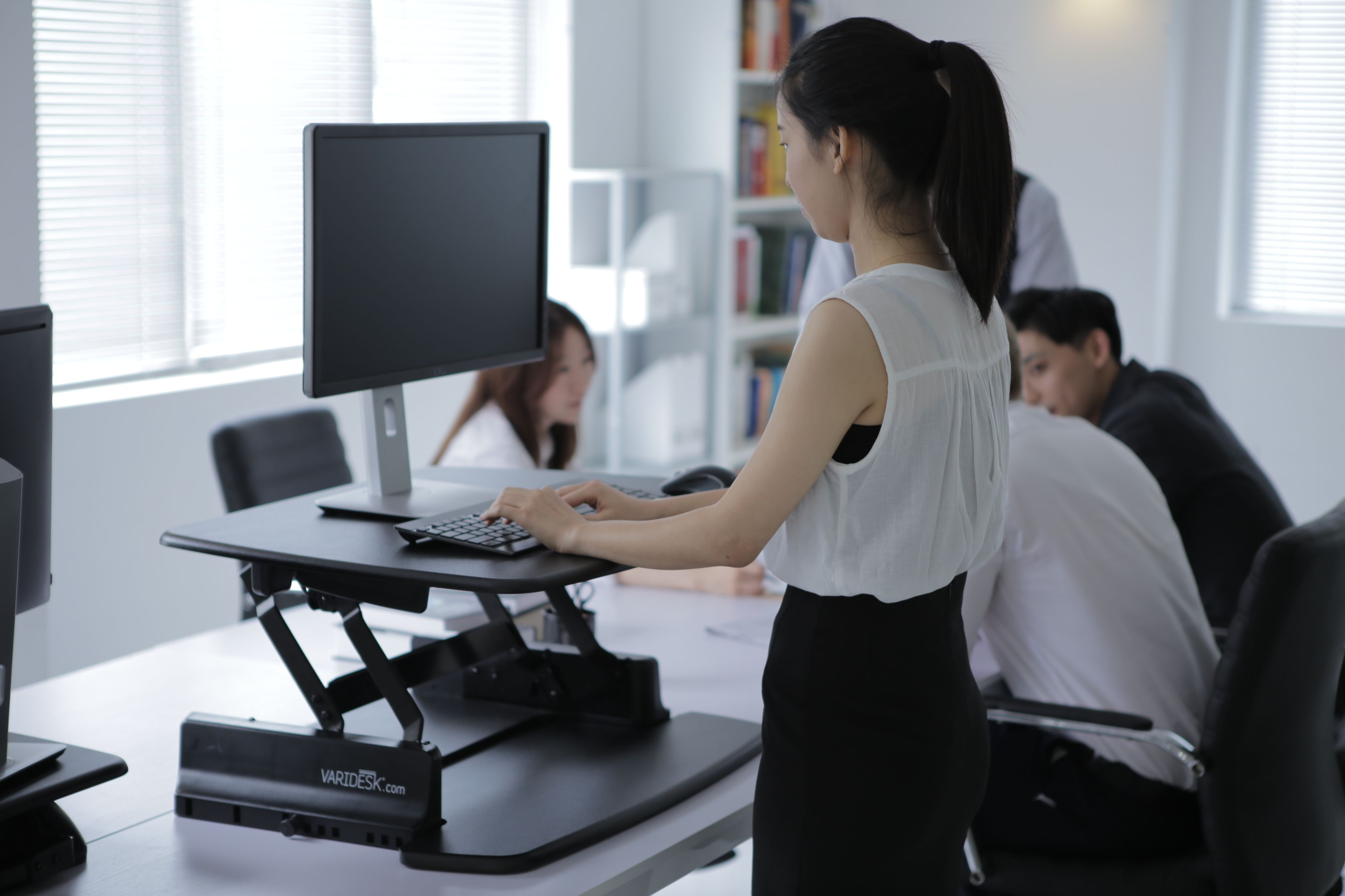 The Varidesk Does Not Need To Be Fully Extended Upwards For Some Members Of Staff