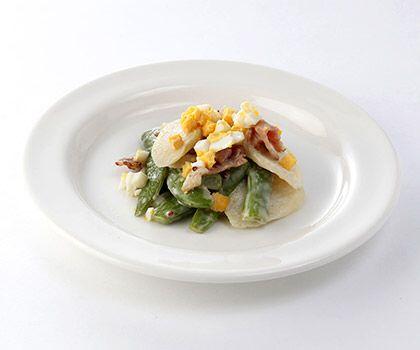 茭筍雜豆沙律 -  鮮嫩茭筍配搭爽甜雜豆及香脆煙肉,伴以清新芝麻醬汁,醒胃健康。