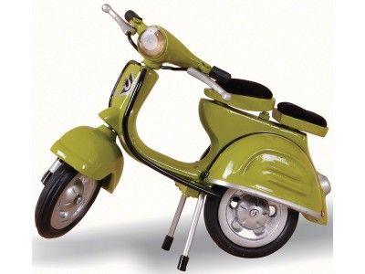 Miniature Vespa in Yellow/Green  £36.00