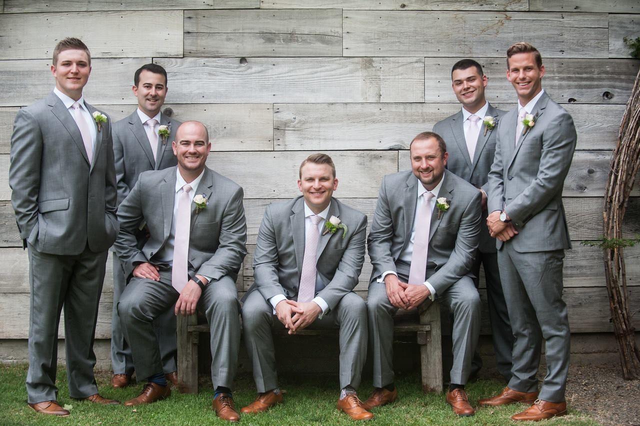 Outdoor Summer Wedding / Groom And Groomsmen / Grey Suits