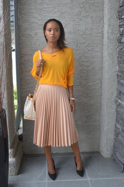 68b4259979 carrot orange Zara sweater - peach pleated skirt Zara skirt