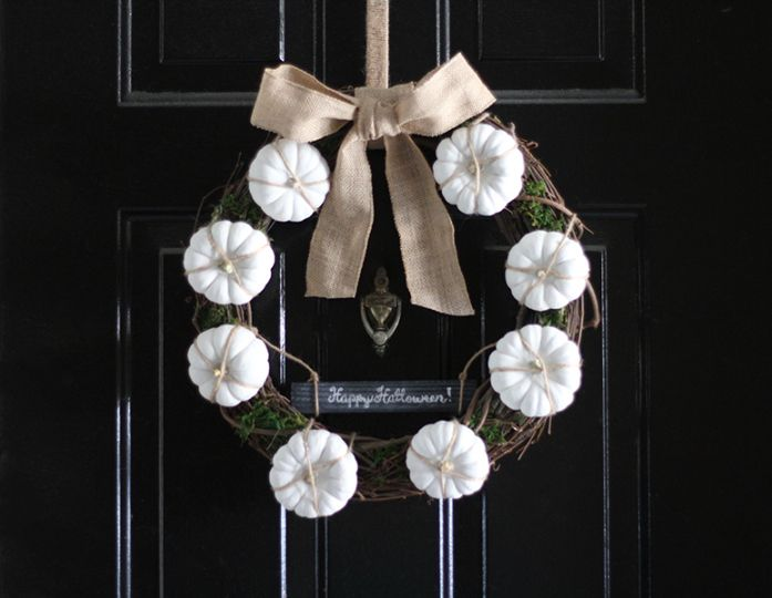 DIY Neutral Fall Wreath - Front Door Halloween Decor
