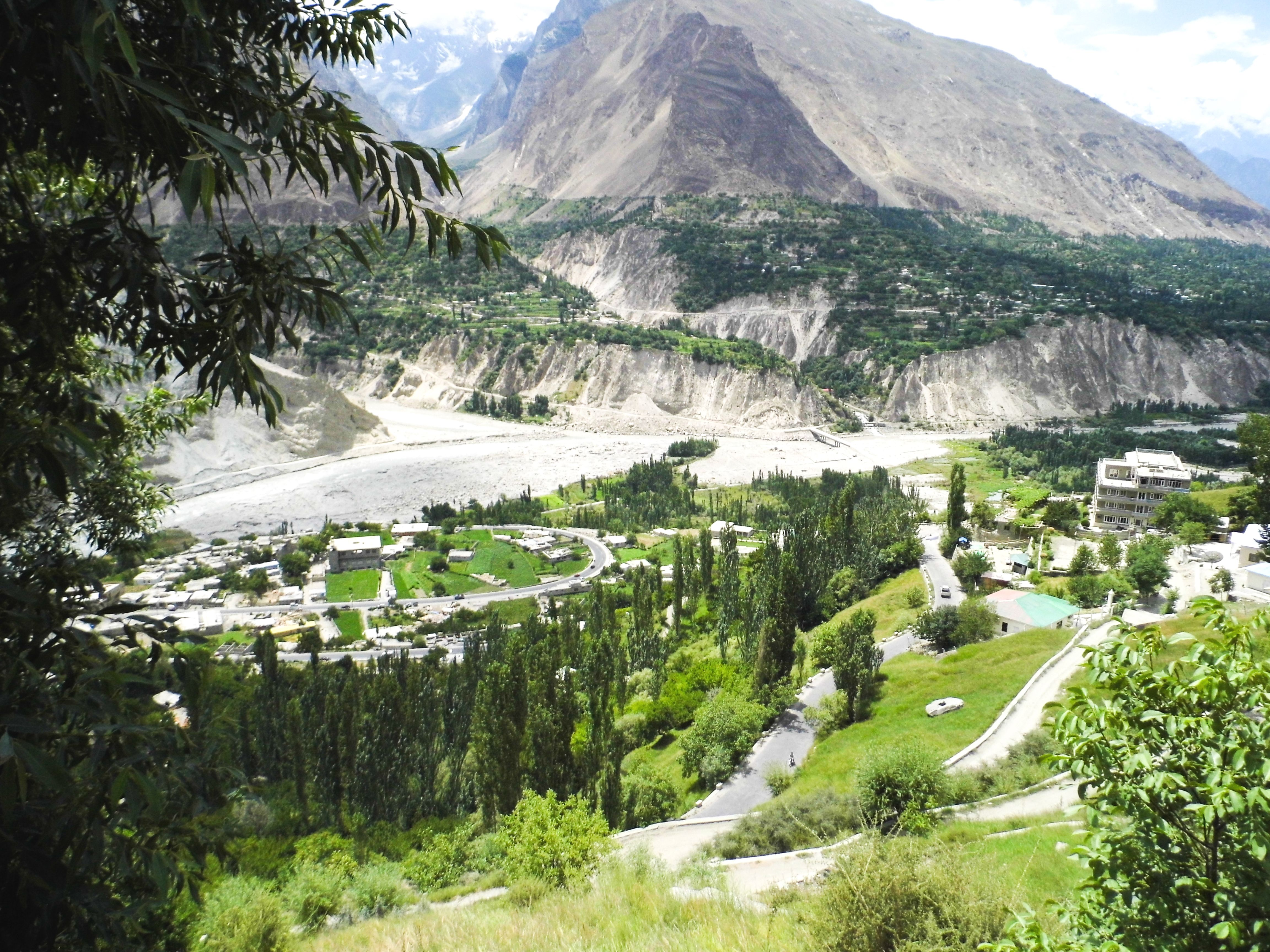 hunza valley_627 beauty wallpaper summer Pakistan