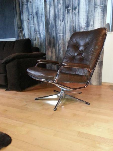 70er Jahre Sessel Loungesessel Aus Leder Mit Chromegestell Clubchair Wohnen Einrichten Und Wohnen Lounge Sessel