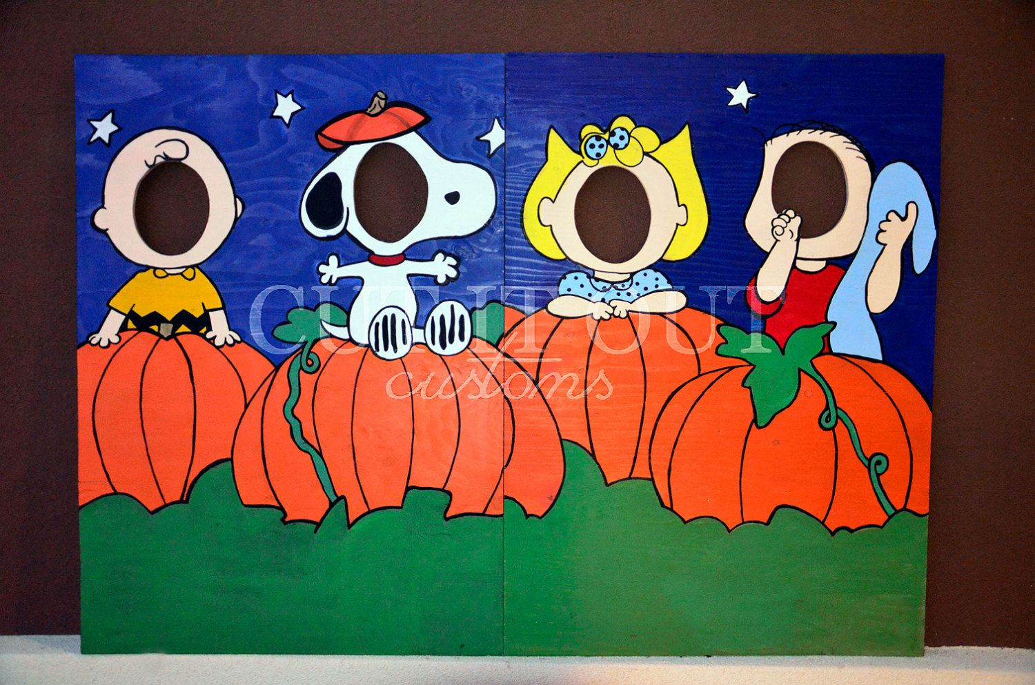 charlie brown peanuts gang halloween photo prop lawn art snoopy standee holiday - Halloween Photography Props