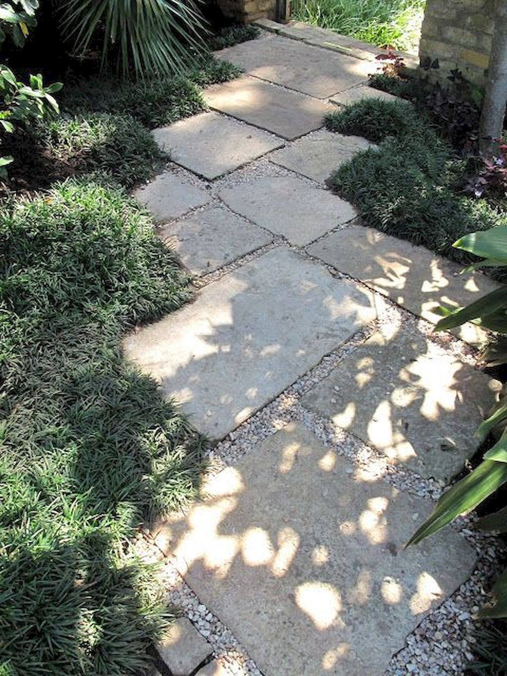 Photo of 5 Easy Diy Walkways Tips …'s trail take. A bed of either heavy sand or small-p…