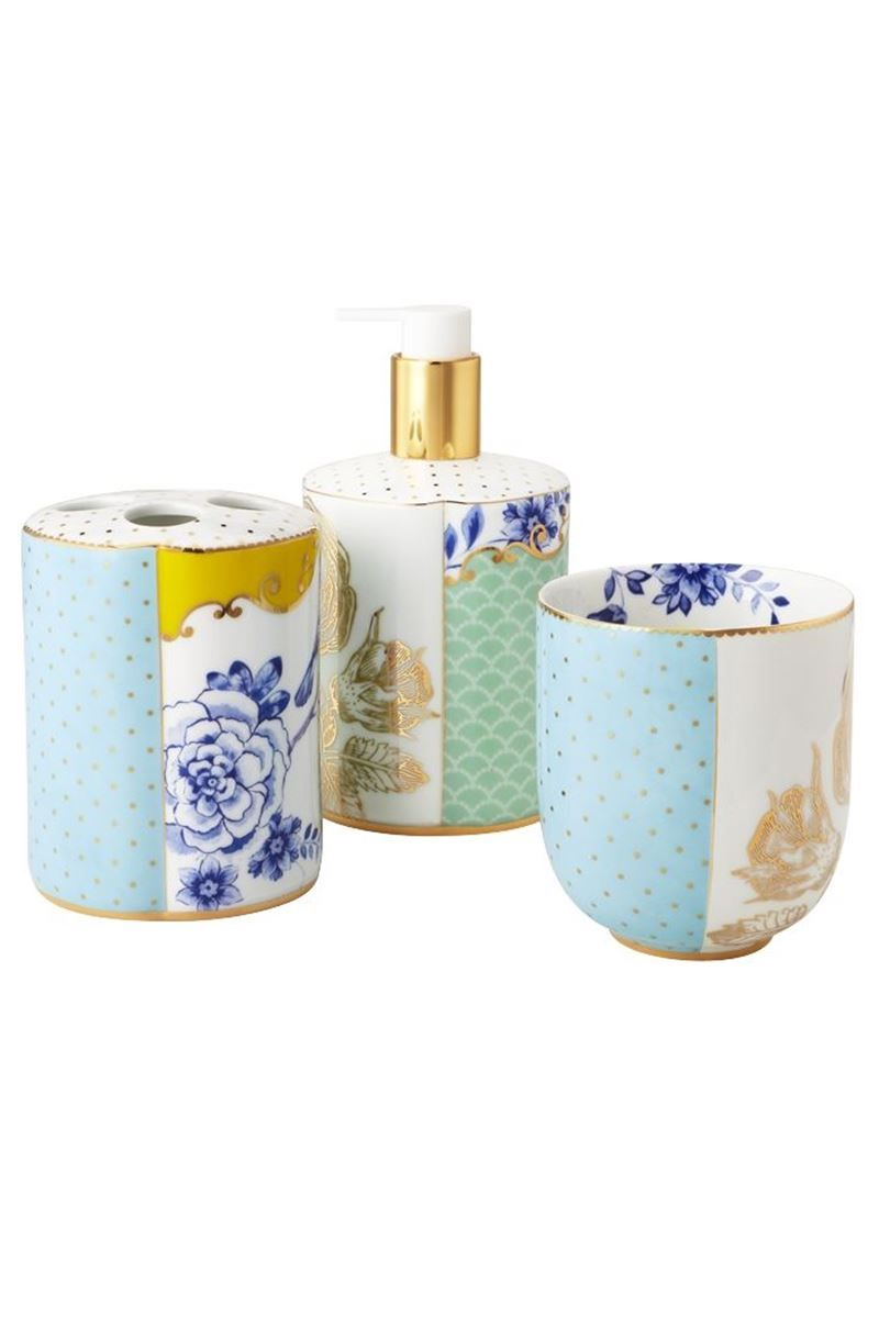 Picture of Royal bathroom accessories set | bathroom remodel ...