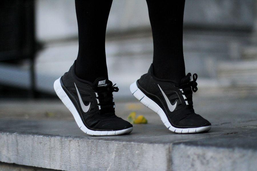 zapatillas deporte nike free negras mujer