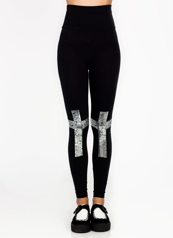 6c1b7dc7ba34c playing card leggings $41.30 these would have been so cool to have for my Harley  Quinn halloween outfit | Other in 2019 | Halloween outfits, Casino night,  ...