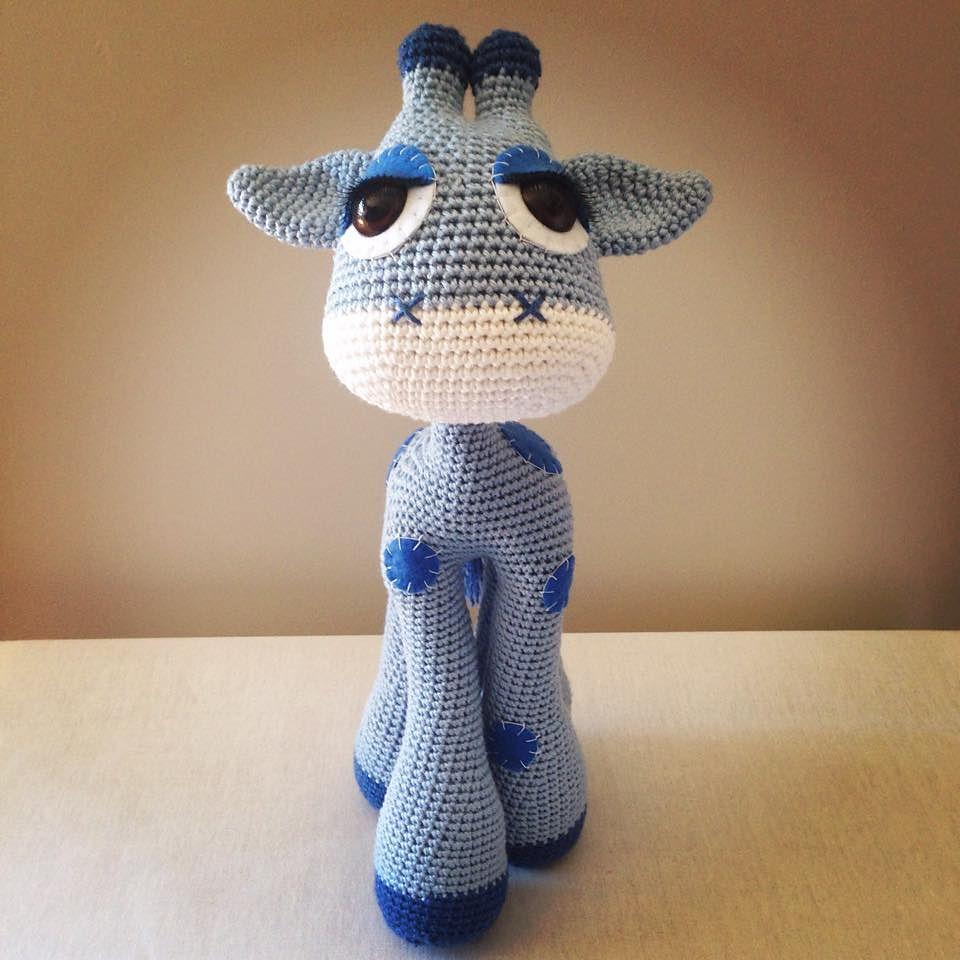 Ravelry: Baby Giraffe Amigurumi pattern by Courtney Deley | 960x960