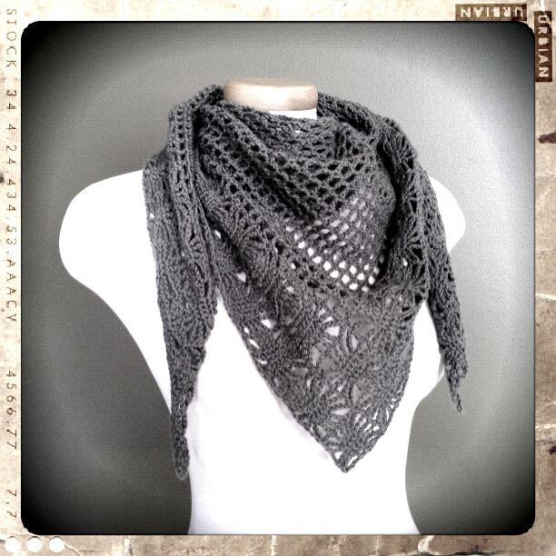 Pin By Veronica Johnson On Crafty Pinterest Crochet Triangle