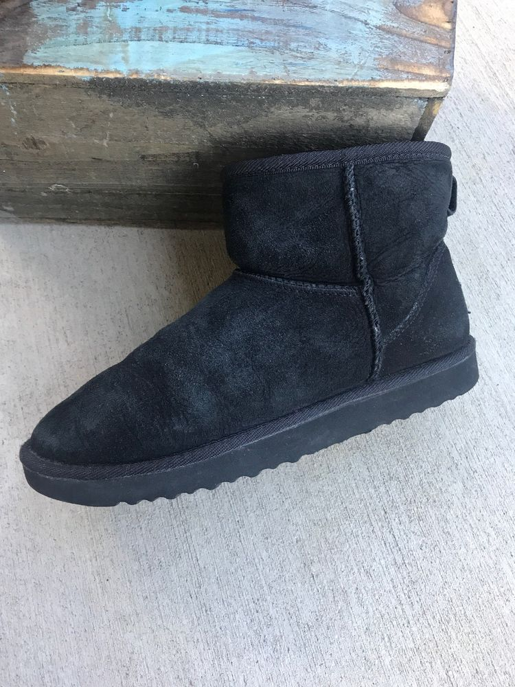 596c127e5c0 Womens 7 Ugg Australia Classic Mini Short Black 5854 Boots Shoes ...