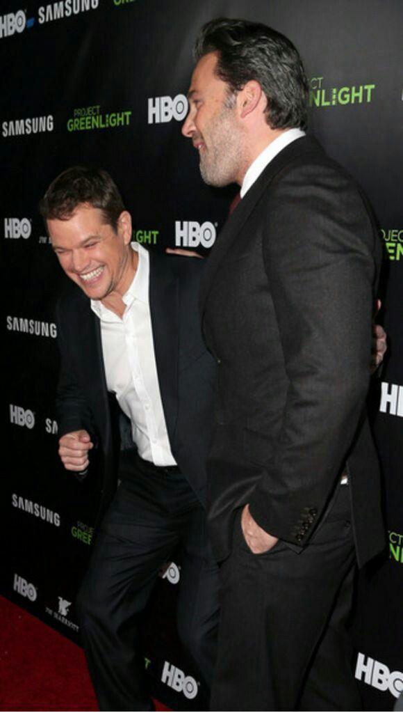 Pin By Peggy On Brothers Matt Damon Matt Damon Jason Bourne Matt Damon Ben Affleck