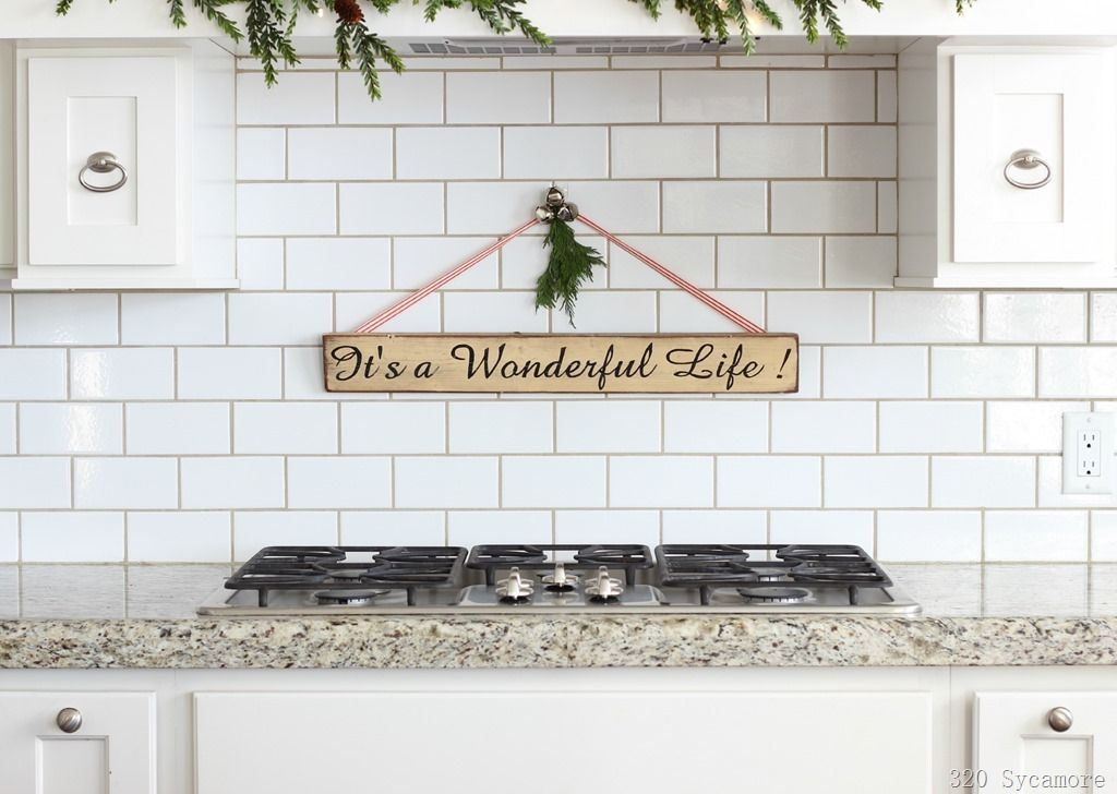 Great sentiment for Christmas! [320%2520sycamore%2520kitchen%2520christmas%2520it%2527s%2520a%2520wonderful%2520life%2520sign%255B12%255D.jpg]