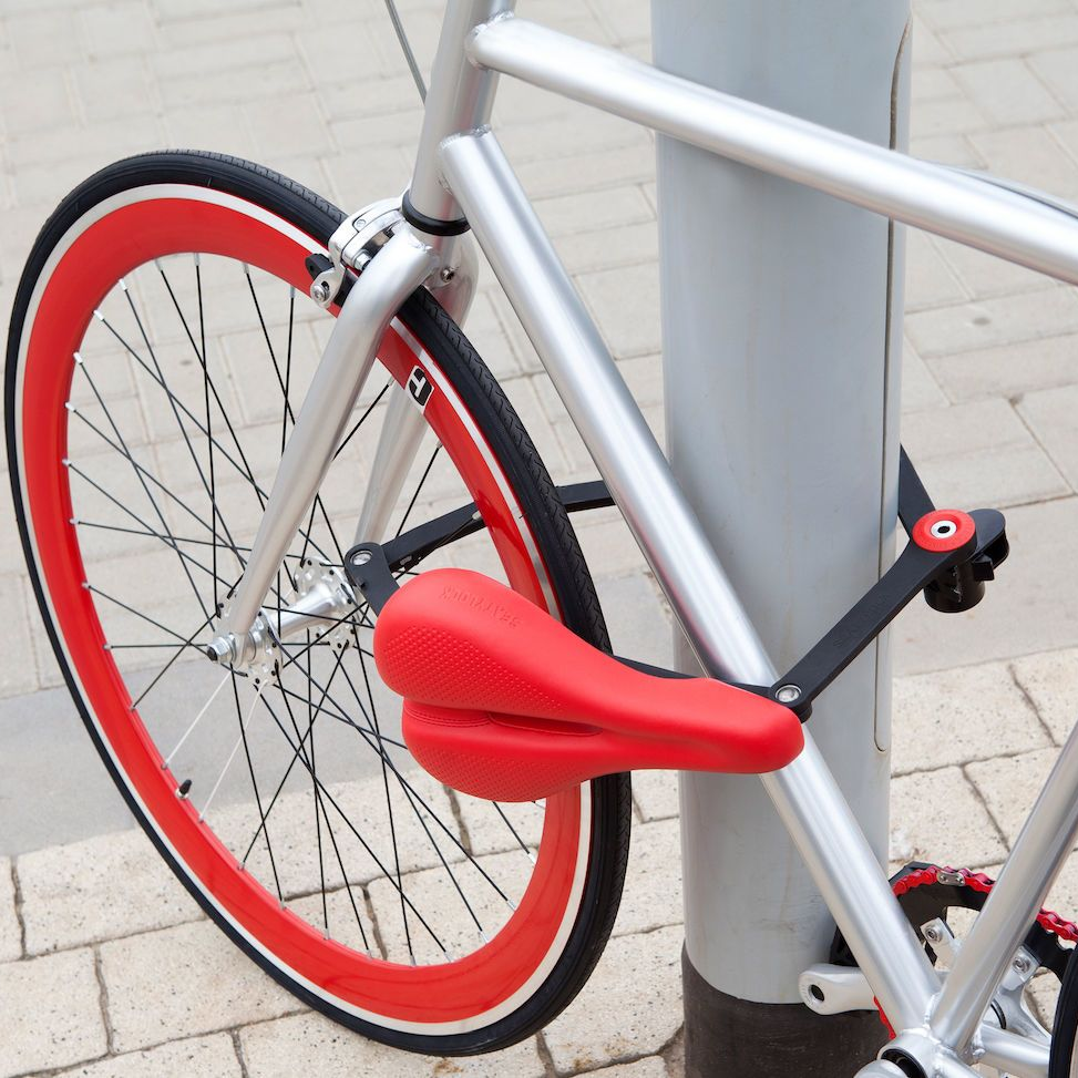 Properly Lock Your Bicycle By Knowing Which Parts Are Easy To