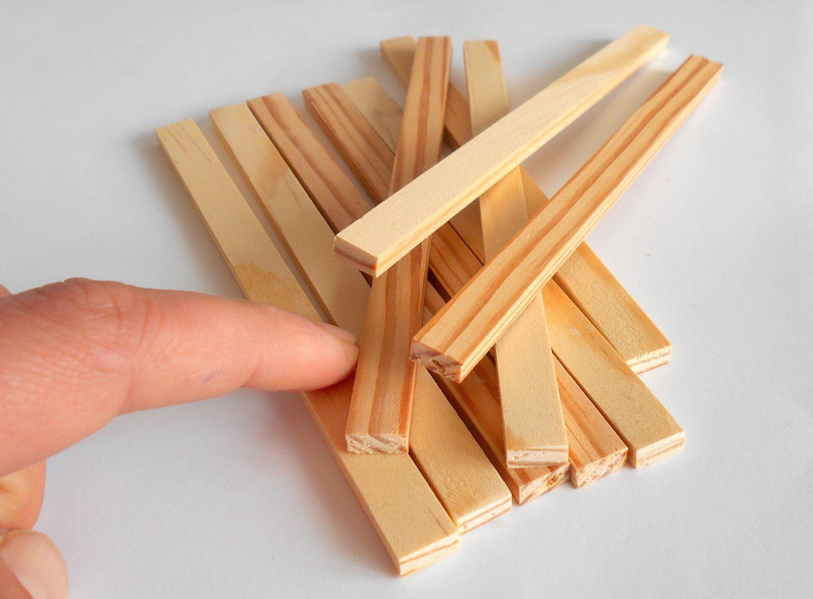 Dollhouse,wooden frames,miniature handmade items 1//12 ..1//6 scale 4 pcs