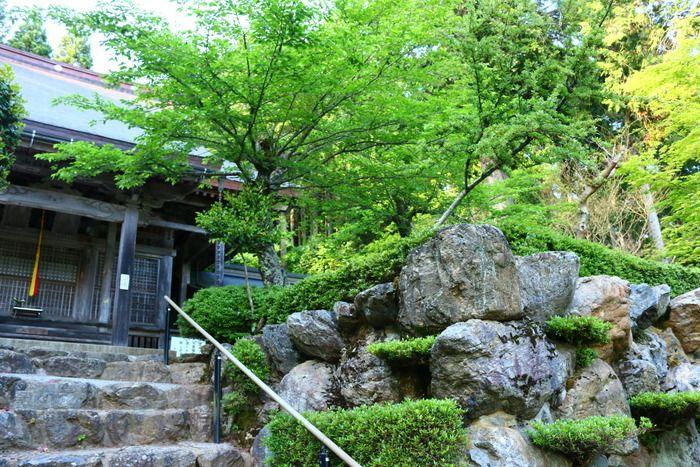 Kodakamiyama Shakudo-ji Temple | Nagahama / Northern Shiga | Japan Hoppers - Japan Travel Guide