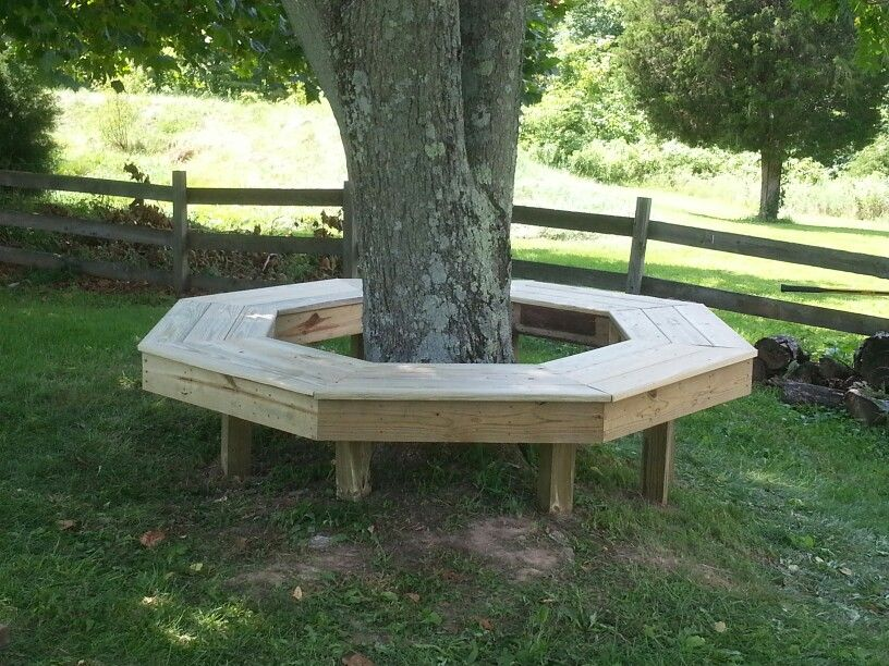 Octagon Bench Around A Tree Diy Garden Furniture Diy Outdoor Furniture Tree Bench