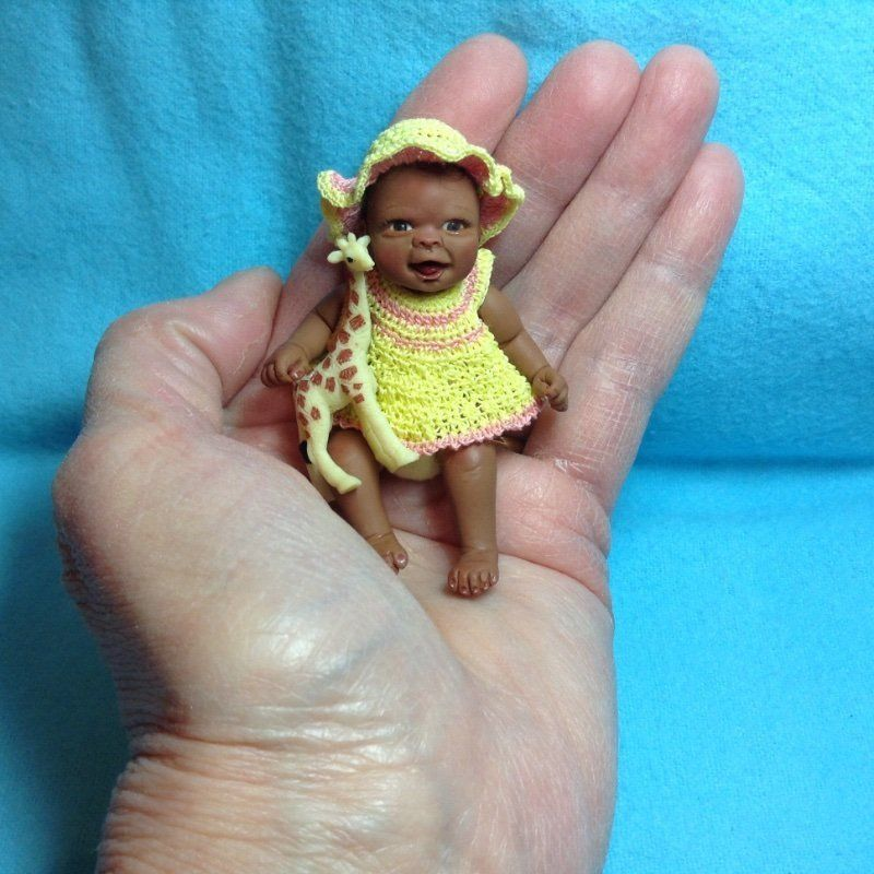 Dolls & Bears Ooak Hand Sculpted Polymer Clay Baby Girl 2.5 Inches Dolls