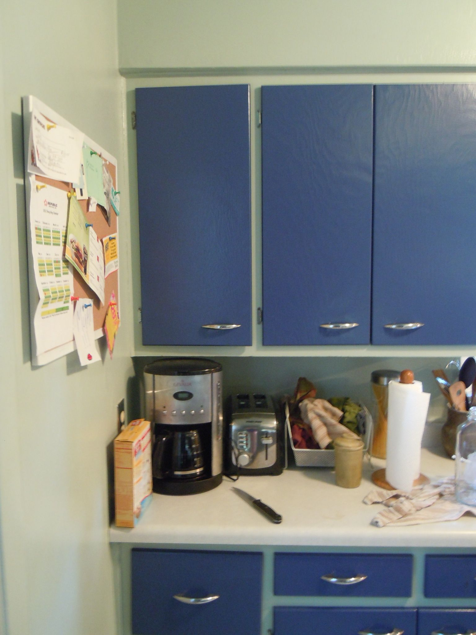 Color painted kitchen from the 1960s google