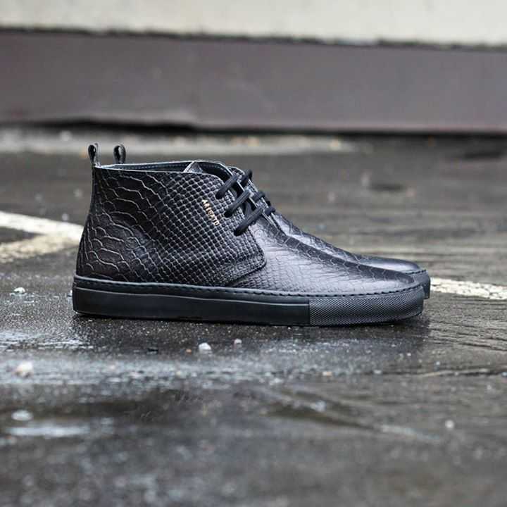 Axel Arigato chukka sneaker