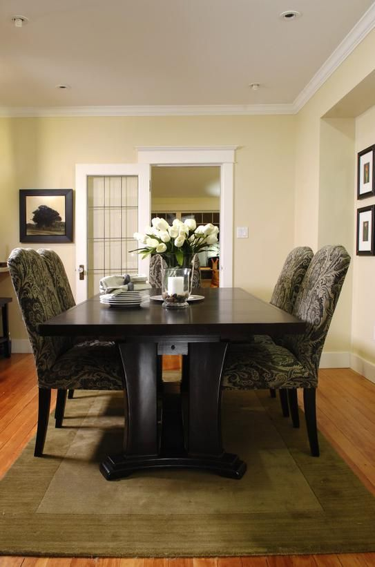 Top 10 Rules For Staging Homes From The Stagers  Hgtv Room And New Rug Under Kitchen Table Design Decoration