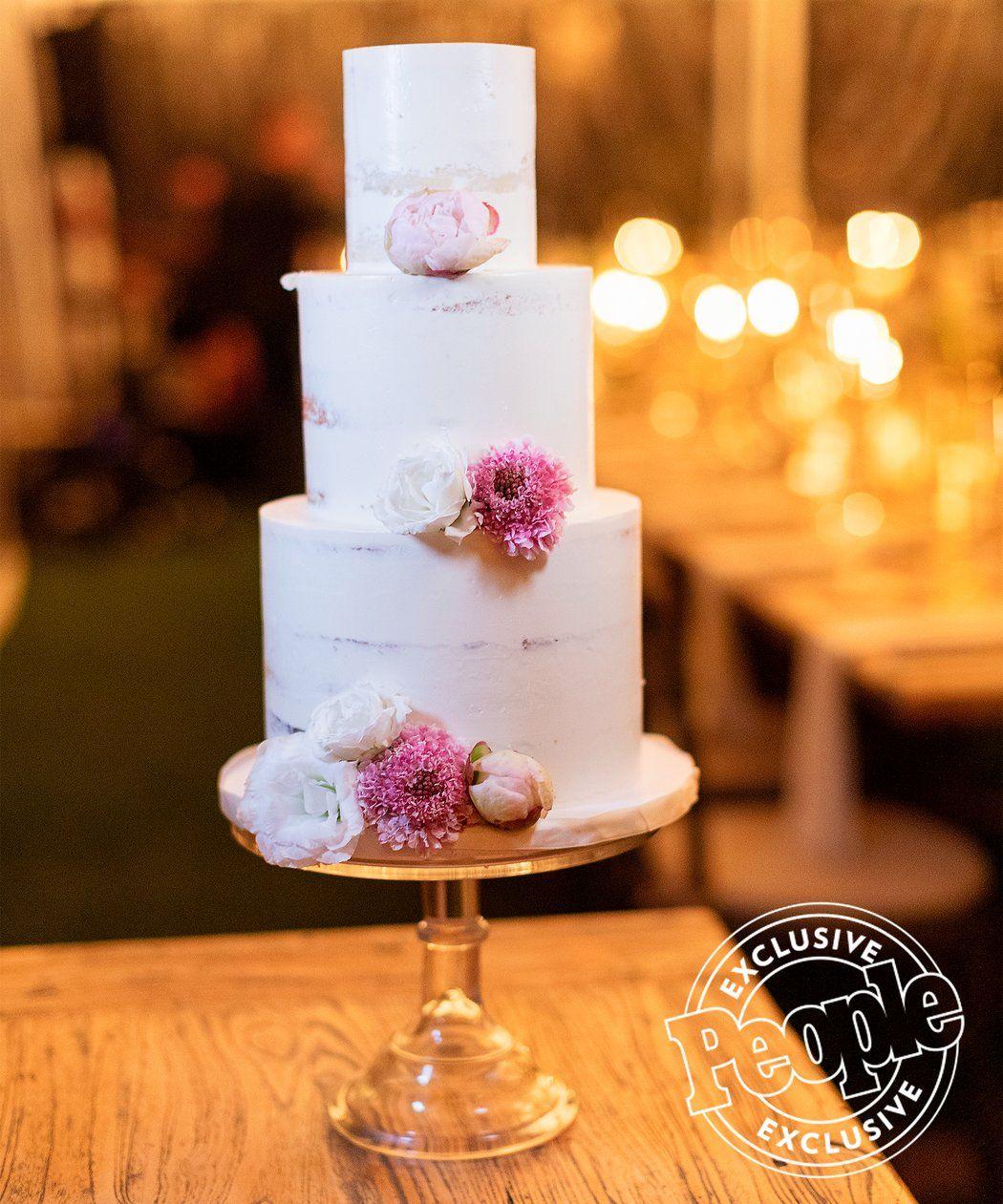Christina El Moussas Naked Wedding Cake Was All Ant