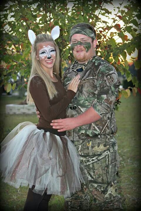 cute easy diy couples costume as a doe and hunter i did for halloween this year halloween. Black Bedroom Furniture Sets. Home Design Ideas