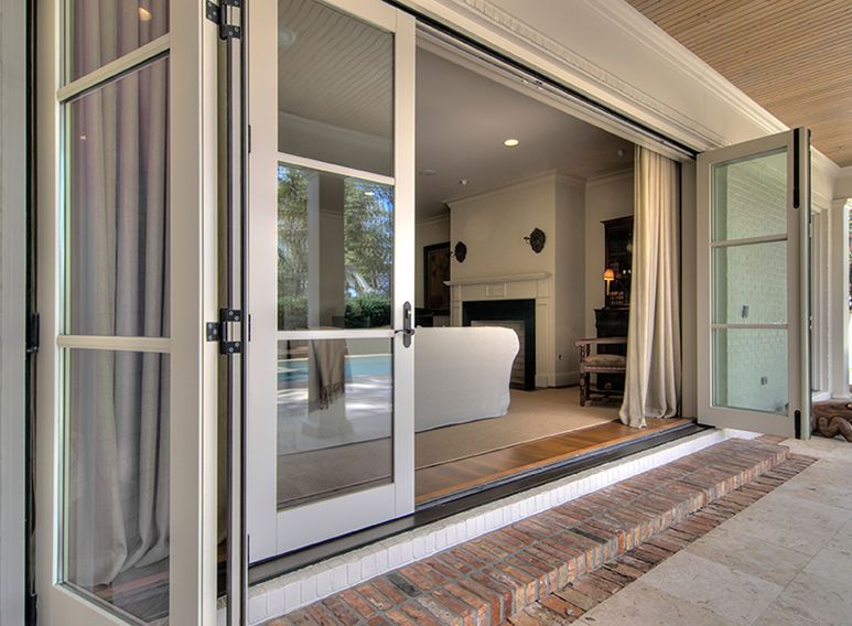 Jeld Wen 6 Panel Folding Door System Showing Matching Patio Gallery Sliding Patio Doors Nano Doors Patio Doors